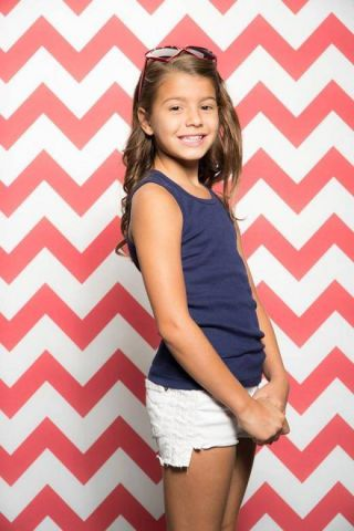 Red   White Chevron 10318