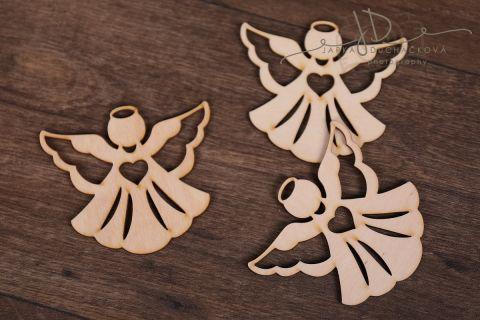 Dřevěná ozdoba - andílek