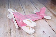 Letadýlko růžovobílé patina