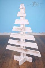 Stromeček dřevěný 65cm