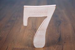 Číslo dřevěné 7 bílá patina