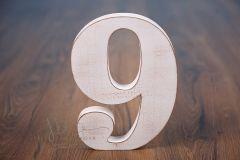 Číslo dřevěné 9 bílá patina