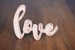 Nápis LOVE provedení bílá patina