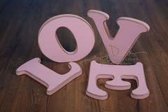 Nápis LOVE - růžový