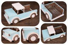 Auto s korbou - modrá patina