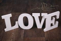 Nápis LOVE
