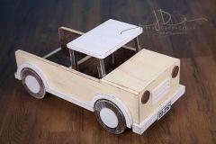 Auto s korbou - vanilková patina - na objednávku