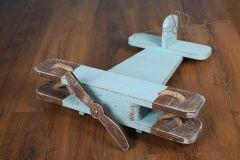 Letadýlko bledě modré s ořechovou patinou