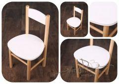 Dětská židlička bílá