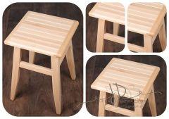 Stolička - židlička dřevěná buková