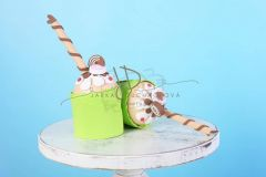 Mini dortík muffin zdobený 15cm zelený