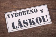 Tabulka dřevěná VYROBENO S LÁSKOU