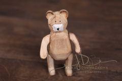Medvídek dřevěný vyřezávaný