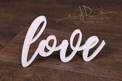 Nápis LOVE bílý