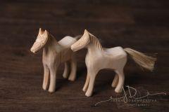 Koník dřevěný vyřezávaný