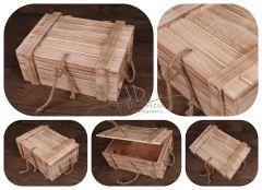 Dřevěná truhla s provázkem